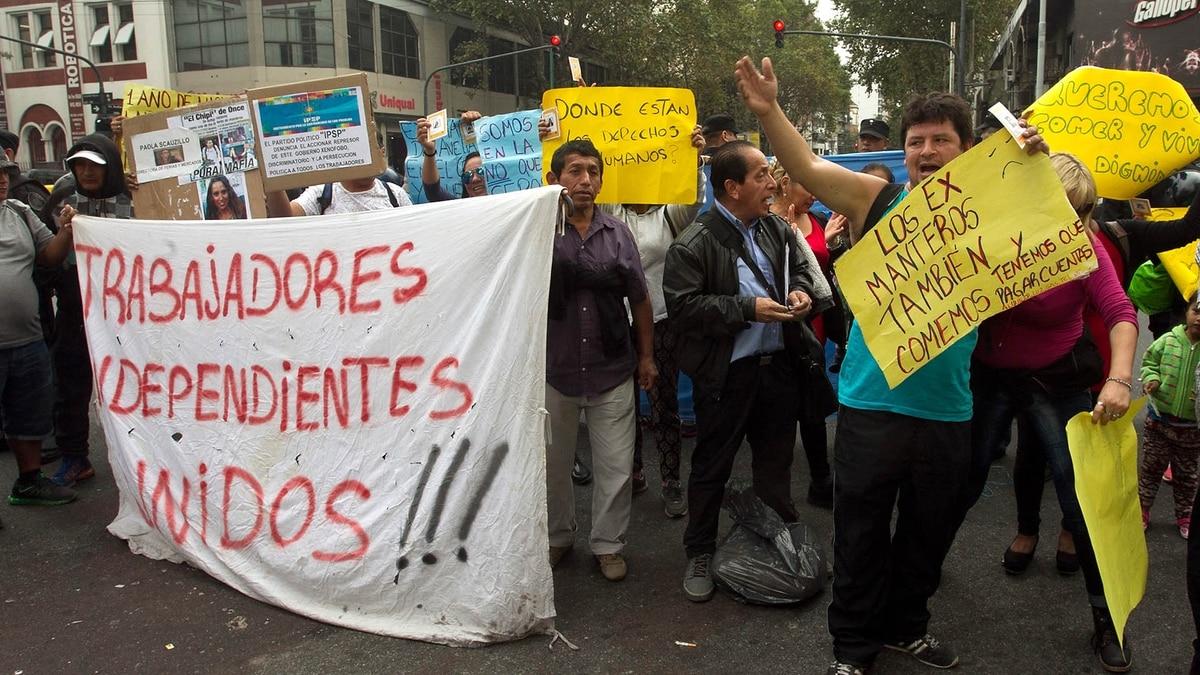 Manteros-Buenos-Aires2