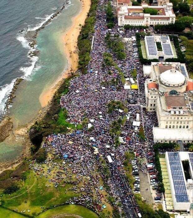 puerto-rico-protesta-masiva.jpg